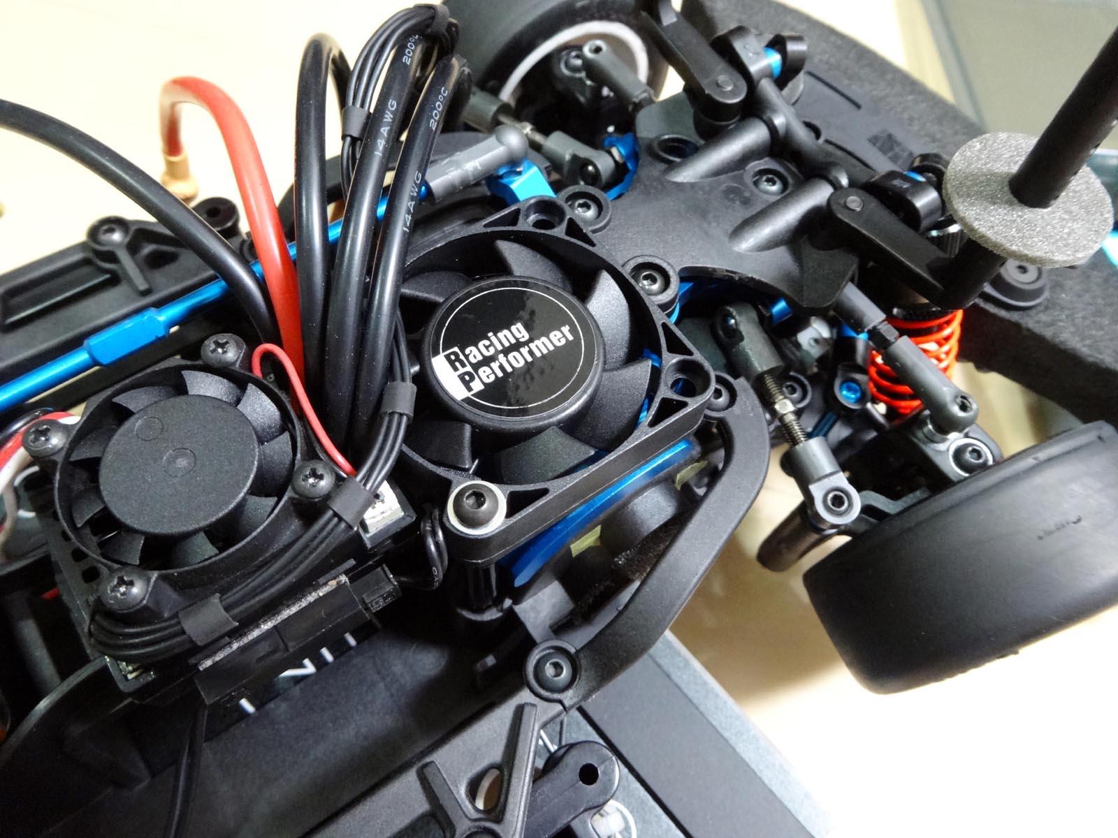 ラジコン好きな行政書士・社会保険労務士のホンネと建前(ほぼラジコンブログ)                    続・M-07に冷却モーターファンを装着!
