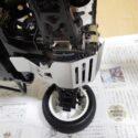 グラスホッパーにリジットデフガードを取り付けてリヤギヤボックスを保護する